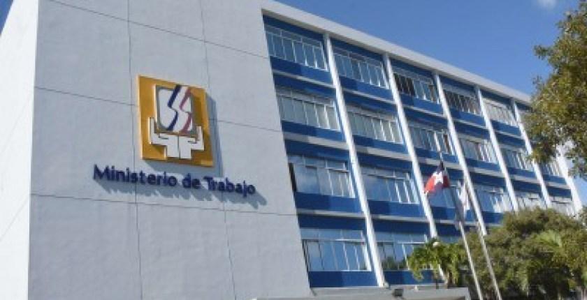 ¿Buscas empleos? Ven a la Feria de Empleo del Ministerio de Trabajo invita a la feria de empleos en Punta Cana Veron te gustaria trabajar en punta cana