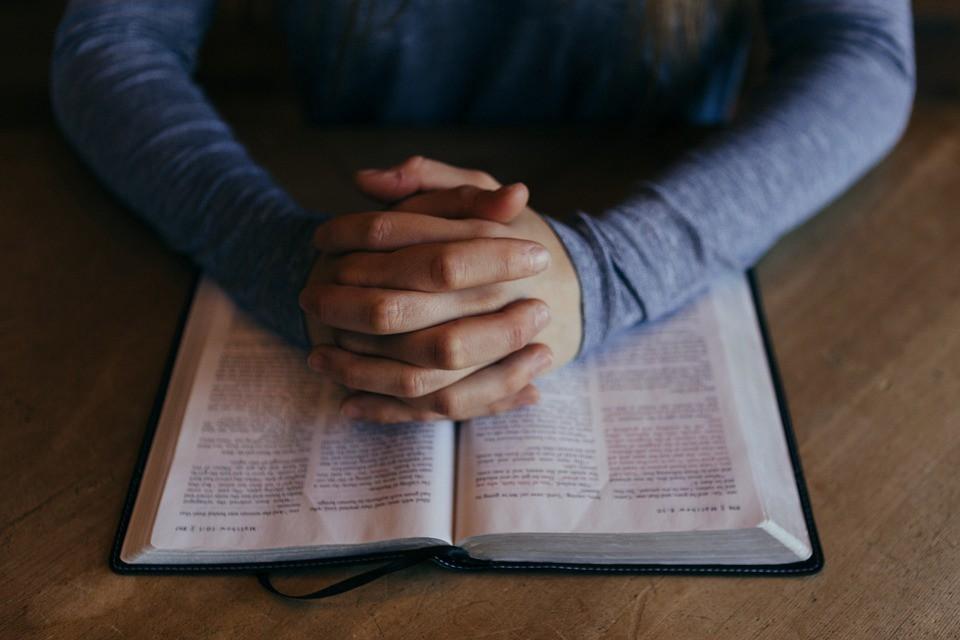 la Biblia en facebook