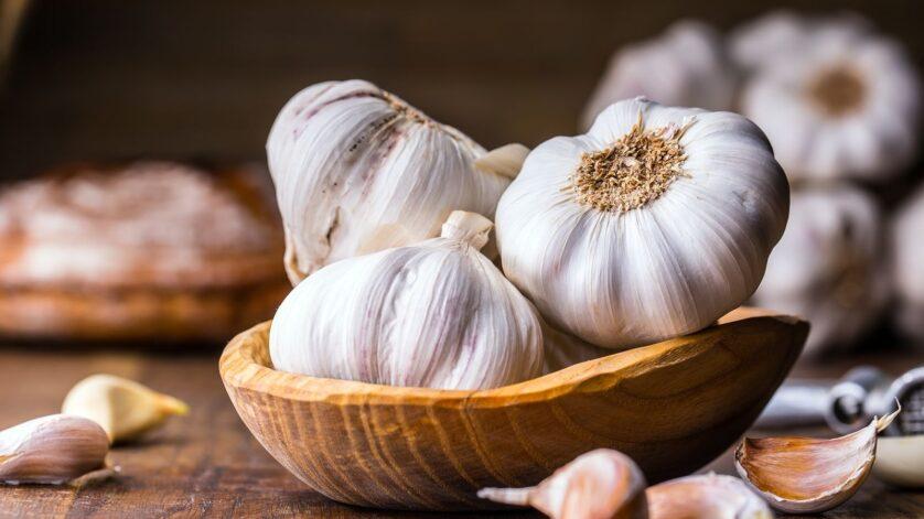 ¿Conoces lo¿Conoces los beneficios del ajo para el cabello?ra el cabello?